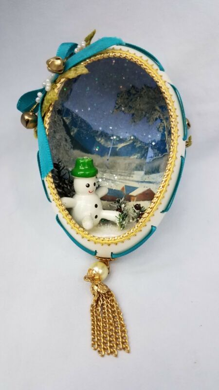 Vintage Real Goose Egg Diorama Christmas Ornament Snowman Sleepy Snowy Village