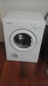 Simpson 5kg Dryer for Sale Earlwood Canterbury Area Preview