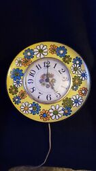 Vtg Retro Spartus Metal Electric Wall Clock Mod Hippie Flower Power Works