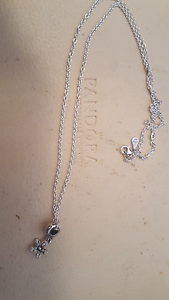 Brand new pandora necklace Duncraig Joondalup Area Preview