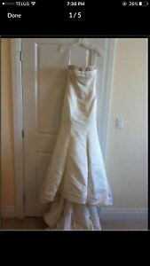 Mermaid wedding dress with pearls and corset