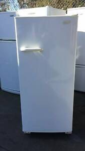 393 liter fridge only without freezer   it is good working order.GOOD