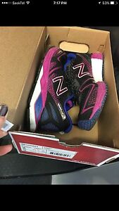 Women's New Balance Size 8 shoes for sale