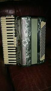 Accordion - busilacchio full size 120 bass Geelong West Geelong City Preview
