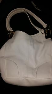 White handbag must go Huntfield Heights Morphett Vale Area Preview