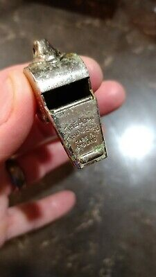 Working Vintage The Acme THUNDERER Police Teacher Whistle Made in ENGLAND