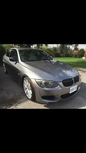 2011 BMW 335is M package rare 6speed