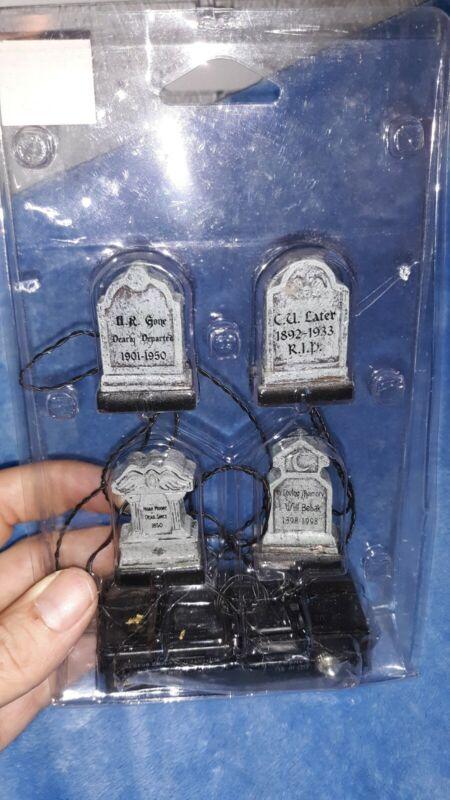 RETIRED Lemax Spooky Town Halloween Illuminated tombstones set 4 graveyard grave