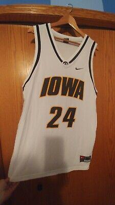 NWOT SWEET! Vintage Iowa Hawkeyes Nike Team Basketball Jersey Men's XL #24 🏀🔥