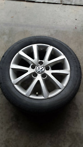 Vw summer and winter tires with rims