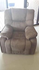 Recliner sofa lounge couch chair lounge sofa Seacombe Gardens Marion Area Preview
