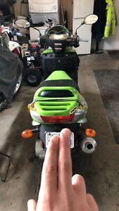 Daymak 150cc scooter