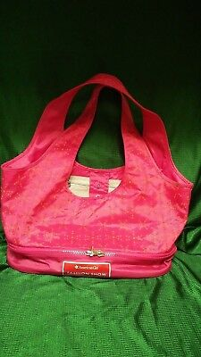AMERICAN GIRL FASHION SHOW DOLL TOTE CARRIER & 2 OUTFITS