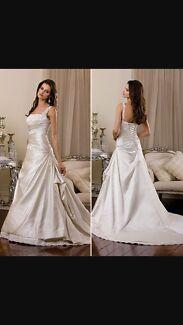 Size 14 A- Line Wedding gown Kadina Copper Coast Preview