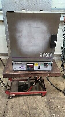 Thermolyne F30428c Muffle Furnace 30400 Benchtop 1100c2000f Barnstead Thermo