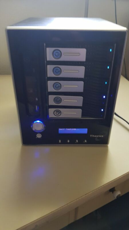 Thecus N5200PRO N5200 5-BAY RAID hard drives Server With CORD & HDD SEE PHOTOS