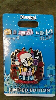 Disneyland Disney Parks Small World Holiday Limited Edition 3000 Pin 2017