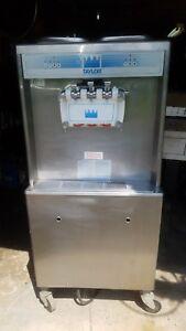 Taylor 754-27 Soft Serve Twist Ice Cream Machine