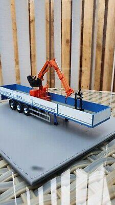 Corgi model trucks 1:50 scale BAGGERIDGE DROPSIDE TRAILER AND CRANE