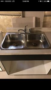 Sink and faucet - never used
