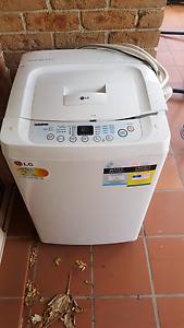 LG 5.5kg digital washing machine Wollongong Wollongong Area Preview