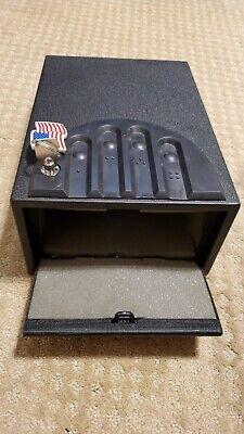 GunVault GV1000C-STD Standard Mini Vault Gun Safe 16 Gauge Black Steel with key