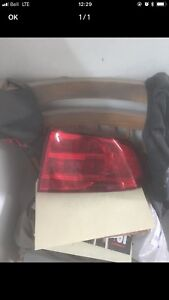 lumiere arriere droit acura tl 2006