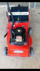 4 stroke rover lawn mower  $100 Davoren Park Playford Area Preview