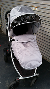 Strider plus pram $300 neg Tullamarine Hume Area Preview