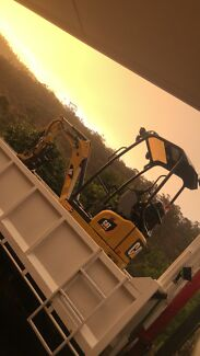 DRY HIRE Excavator