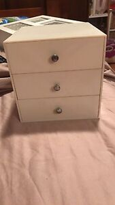 White 3 draw vintage jewellery box Georgetown Newcastle Area Preview