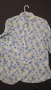 Flowered Blouse Sumner Brisbane South West Preview