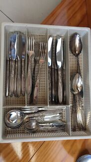 Grosvenor Christine silver plated cutlery set