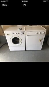 Frigidaire beautiful washer and dryer in great condition