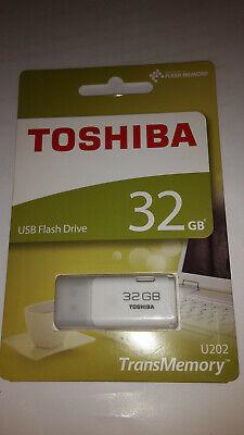 clef USB Toshiba 32GB blanc état neuf non déballé