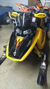 Looking to buy blown up skidoo rev sleds 2003-2007