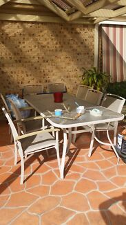 9 piece outdoor setting  Prestons Liverpool Area Preview