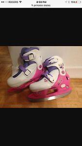 Girls adjustable ice skates