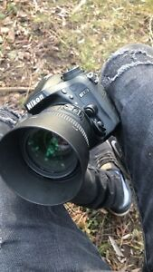 Nikon d7100 with 50mm lens and assesories