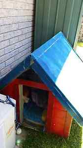 Dog House Large. Pacific Pines Gold Coast City Preview