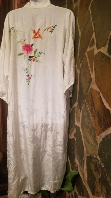 Esme Vtg Robe Kimono Large White Chinese  Embroidered Hummingbird and Flowers