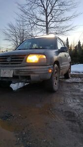 2001 Suzuki vitara 4x4 5speed FOR PARTS