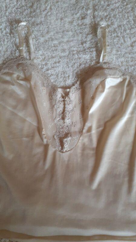 Vintage Vanity Fair Nylon Camisole size 36 color is nude adjustable straps