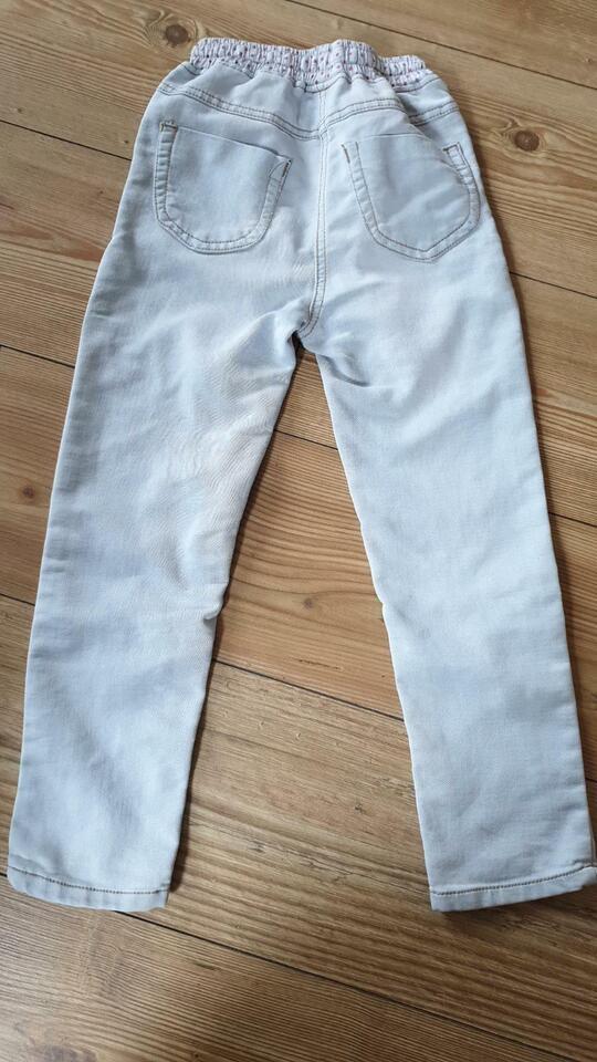 Jeans Gr. 116 in Annahütte