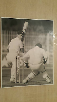 Press Photograph: PAKISTAN v ENGLAND ~ BRUCE FRENCH 1st Test, Lahore Nov.87