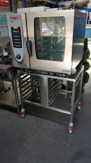 RATIONAL SCC61 6 TRAY ELECTRIC COMBI STEAMER AND STAND