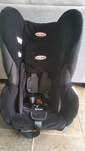 Safe n Sound 0-4 Carseat Lara Outer Geelong Preview