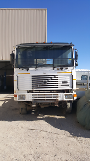 1992 Volvo  F12  Wrecking Now