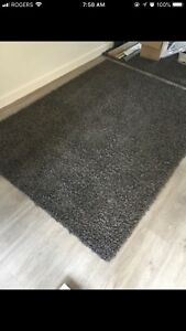 Grey/brown rug 5x7 mint condition