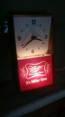 Vintage 1980 Miller beer clock/light display